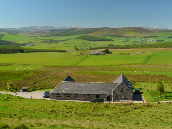 Bluefolds Self-Catering Holiday Cottages with views to the Cairngorm mountains